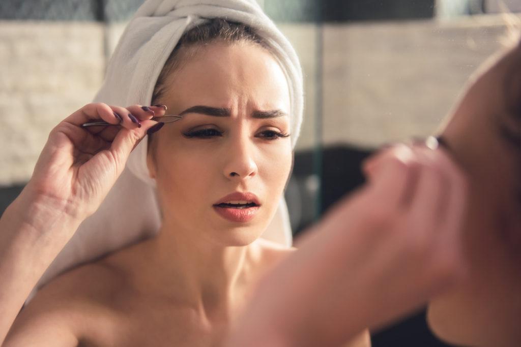 как оформить брови