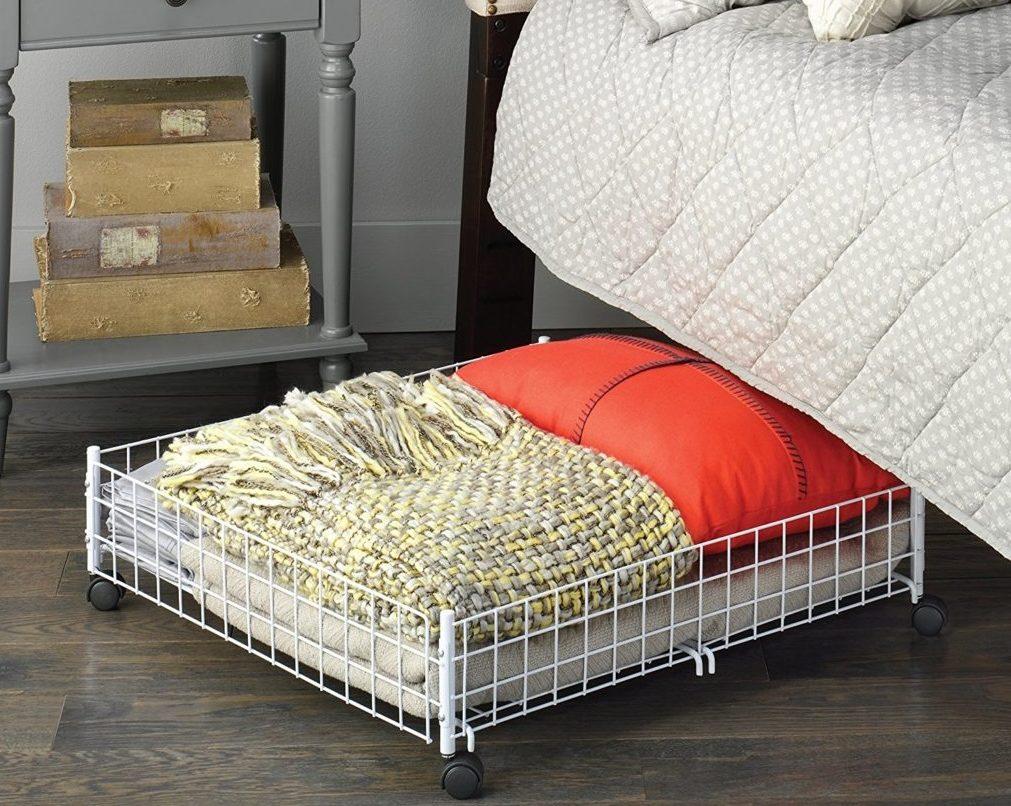 как обустроить пространство под кроватью