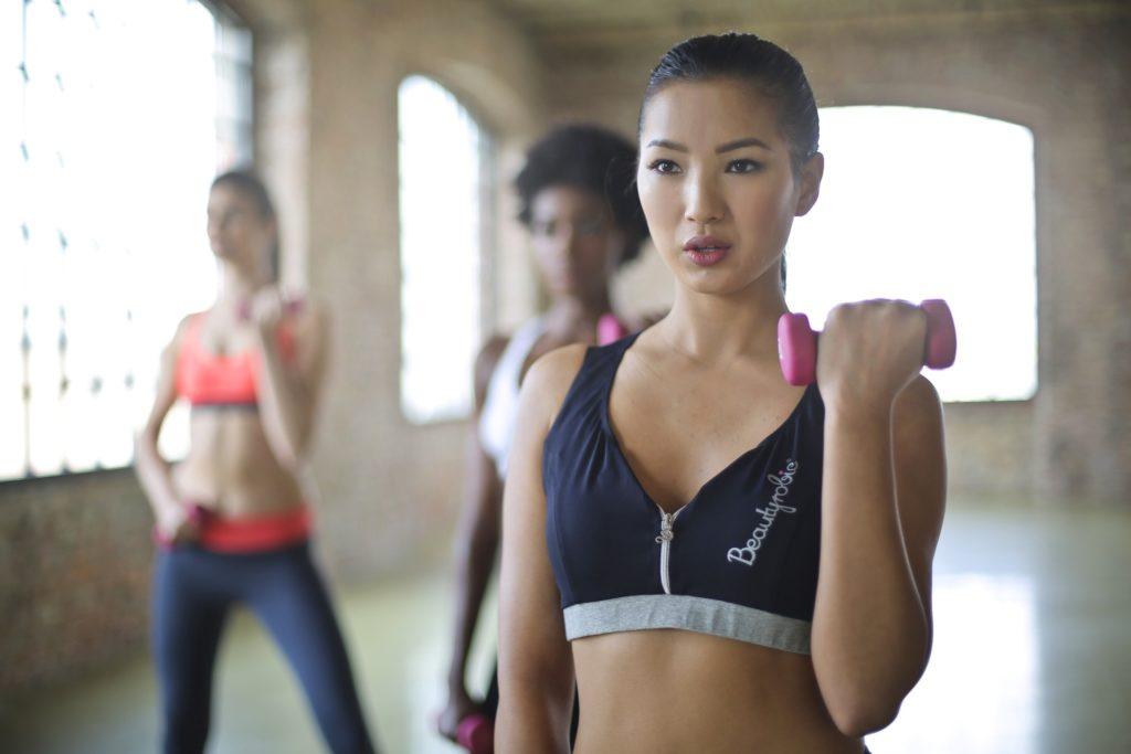 Как начать тренироваться со свободными весами