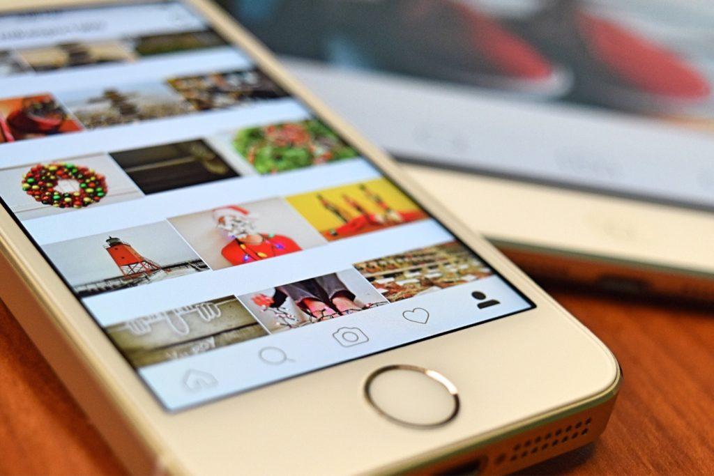 Как скачать фото, видео и сториз из Instagram