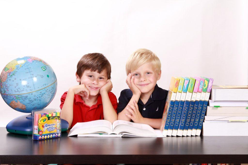 как помочь ребенку в первом классе