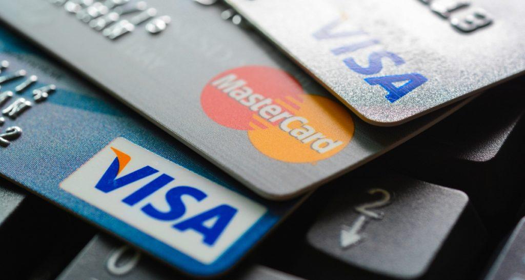 почему могут заблокировать банковскую карту