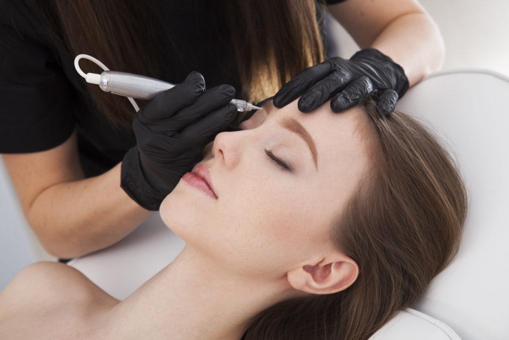 Методики оформления и покраски бровей