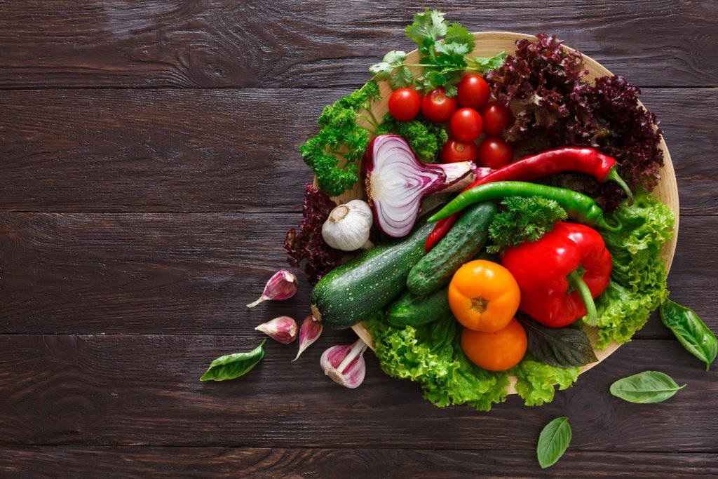 Как получить максимум витаминов из продуктов весной
