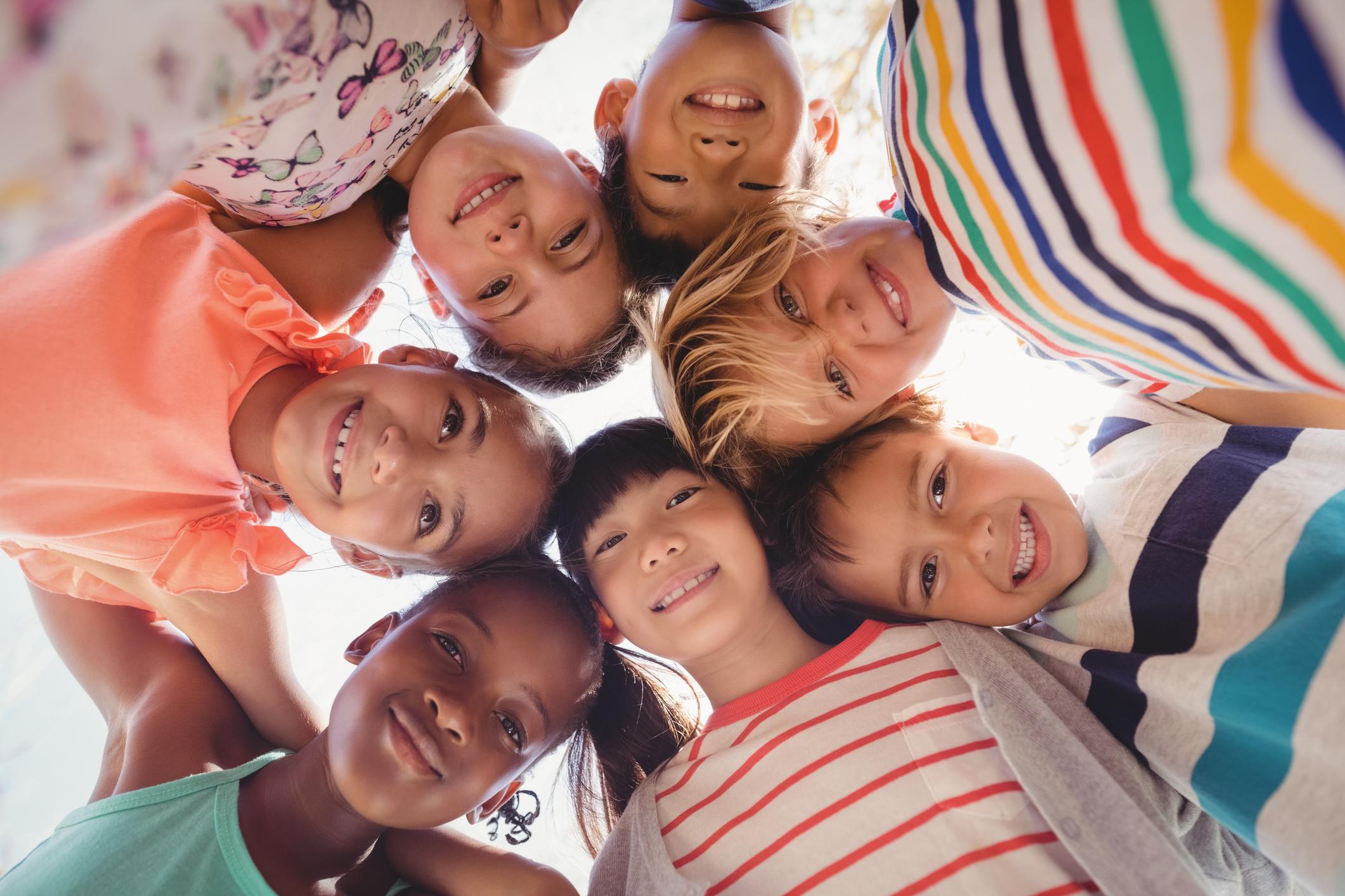 Как провести время с ребенком на детской площадке